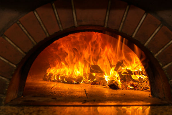 Pizza Oven for weddings, parties & events in London, East Sussex & Kent.