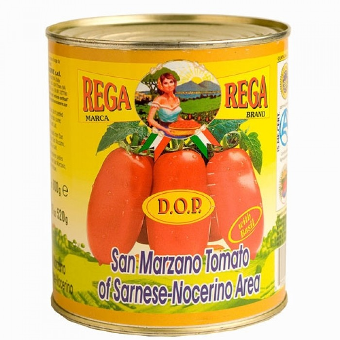 San Marzano tomatoes are one of the best tomatoes for Vera Pizza Napoletana. Mobile Pizza-Chef use only San Marzano tomatoes